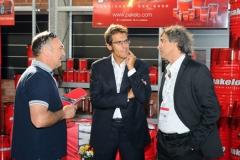 Rivenditore olio motore Lucca Shell Repsol Tamoil Petronal Pakelo. Team di vendita